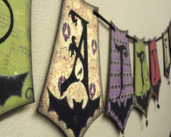 Batty For You Reversible Halloween Banner *Close up 3
