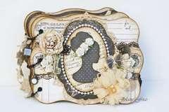 Victorian Cameo Mini Album