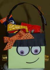 Girl Halloween Goody Bucket