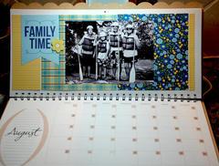 2013 Calendar - August