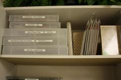 Unmounted rubber cling stamp storage