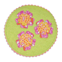 Floral Table Mat by Linda Nitzen