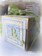 Card cube for the birth of twins (boy side)