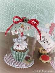 Christmas cupcake (fake)