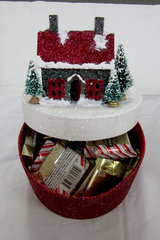 Glitter House as candy box