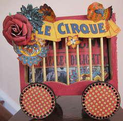 Graphic 45 Le Cique Mini Album in a Wooden Wagon