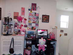 Finally got my scrapbook room done!