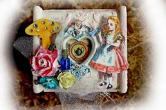 Alice In Wonderland ATC & Keepsake Box *Scraps Of Elegance* July Kit~Chasing Rabbits