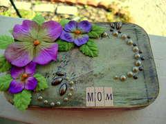 Mom (Gift Card Tin)