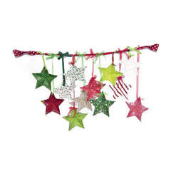 We R Memory Keepers Peppermint Twist Paper Star Garland