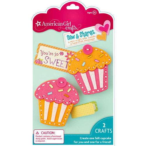 EK Success - American Girl Crafts - Sew and Shares Collection - Fabric Craft Kit - Cupcakes