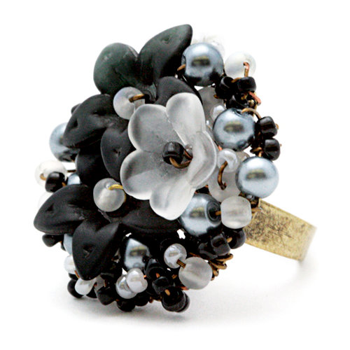EK Success - Laliberi - Jewelry - Ring Kit - Seed Bead Bouquet
