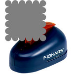 Fiskars - Lever Punch - XXL - 2.5 Inch Scalloped Square
