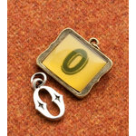 Making Memories - Vintage Groove Collection - Jewelry Alphabet Charms - Letter O