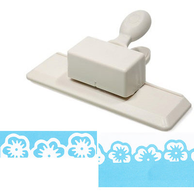 Martha Stewart Crafts - Punch Around the Page - Edge Punch - Pansy