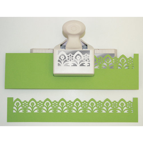 Martha Stewart Crafts - Deep Edge Punch - Garden Gate Trim