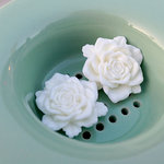 Marion Smith Designs - Resin Roses - Glossy White
