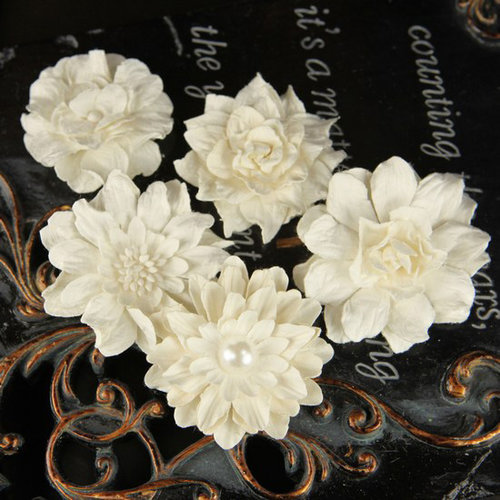 Prima - Innocence 2 Collection - Flower Embellishments - Mix 17