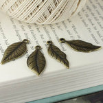 Prima - Tiny Treasures Collection - Metal Embellishments - Leaves