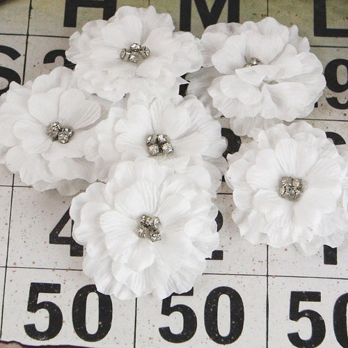 Prima - Pierott Collection - Flower Embellishments - White