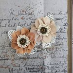Prima - Fairfield Collection - Flower Embellishments - Cinnamon