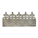 Sizzix - Tim Holtz - Alterations Collection - On the Edge Die - Iron Gate