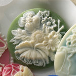Websters Pages - Silhouettes - Resin Cameo Pieces - Green Flower, BRAND NEW