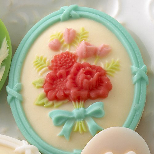 Websters Pages - Best Friends Collection - Floral Bouquet Blue Cameo